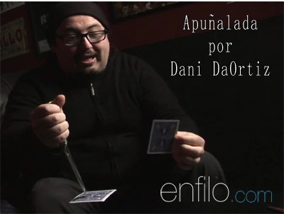 2015 Grupokaps Apunalada by Dani DaOrtiz (Download)